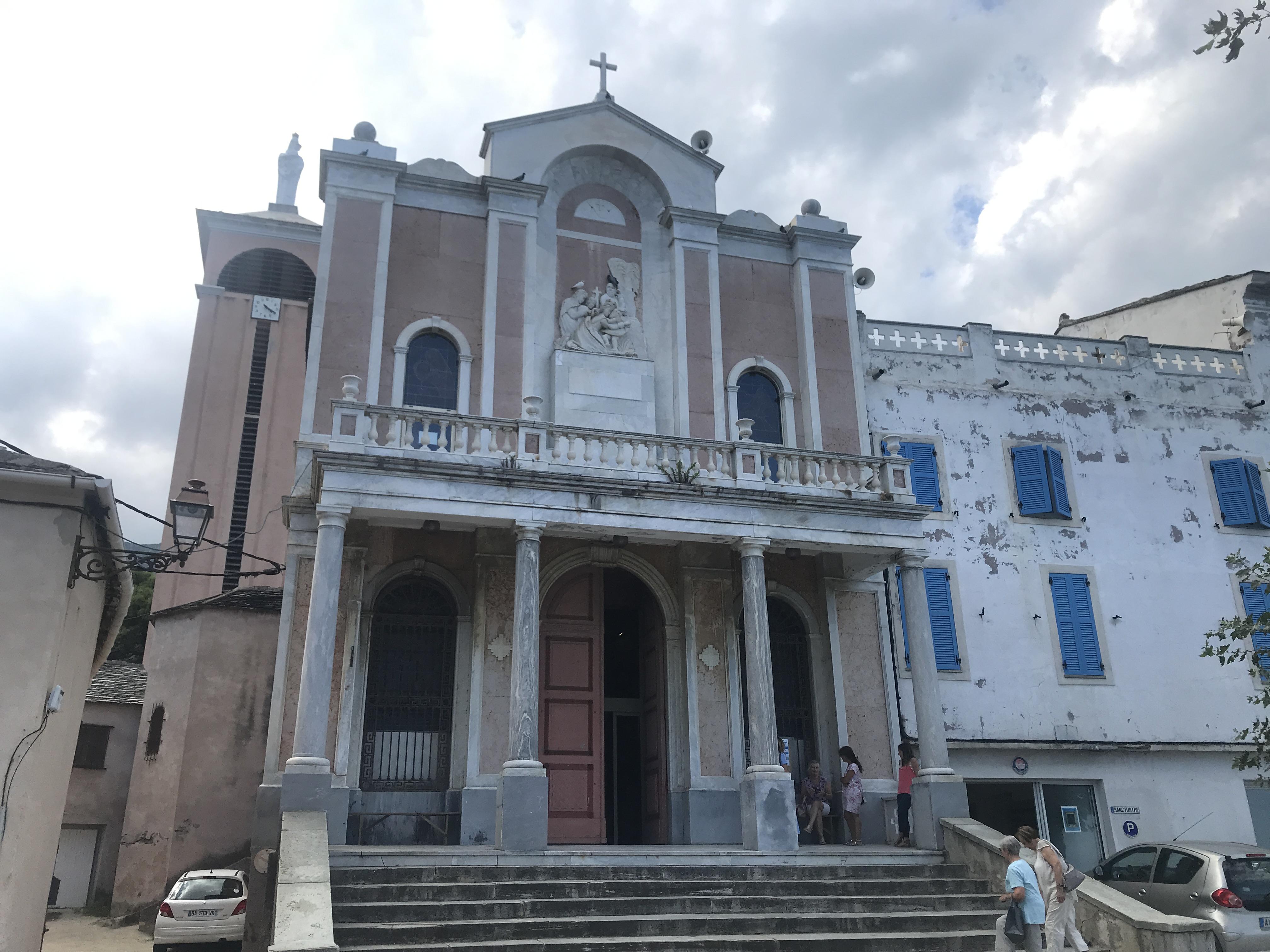 Les festivités se préparent au sanctuaire de Lavasina
