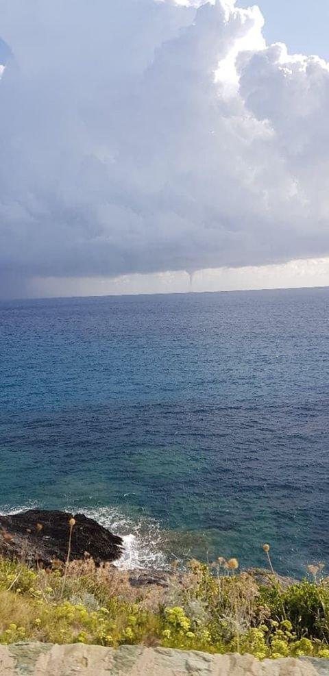 Une impressionnante trombe marine observée au large du Cap Corse