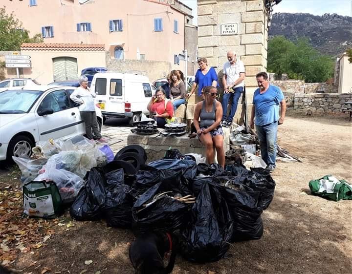 Operata stradò è chjassi puliti in Montegrossu