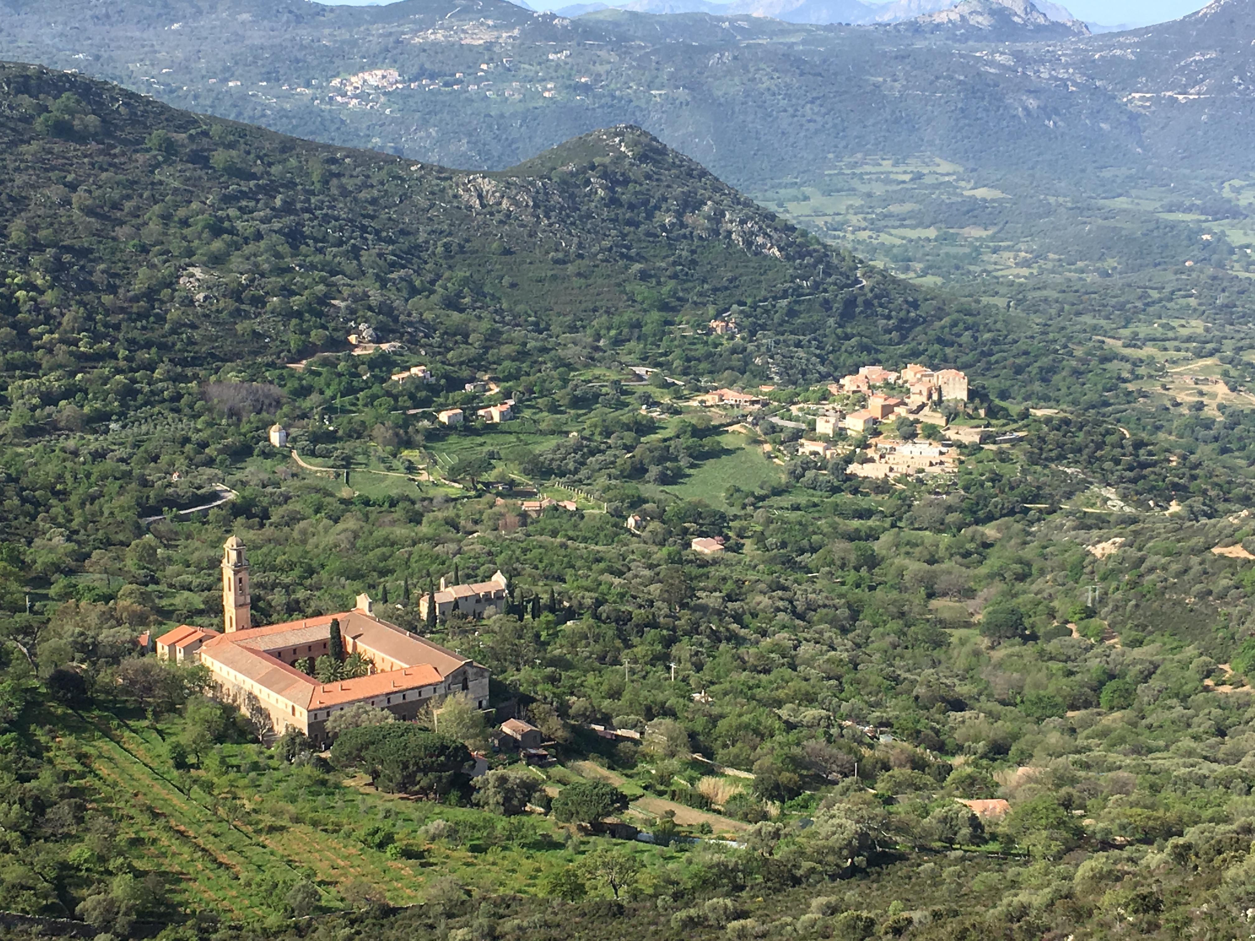 Couvent de Curbara : bail emphytéotique renouvelé pour 30 ans entre la mairie et le diocèse d'Aiacciu