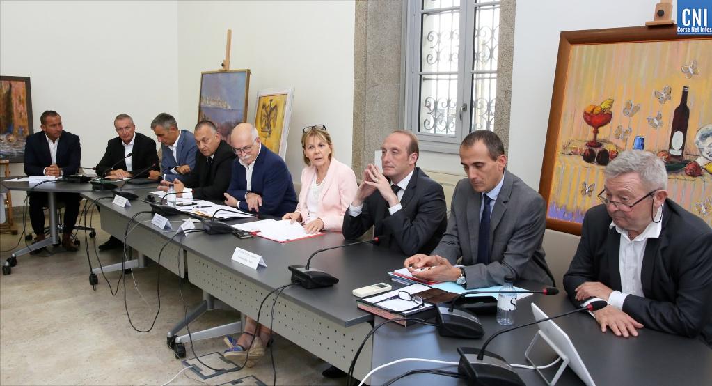 Pollution des navires : une table ronde à Ajaccio pour la création d'un comité de pilotage