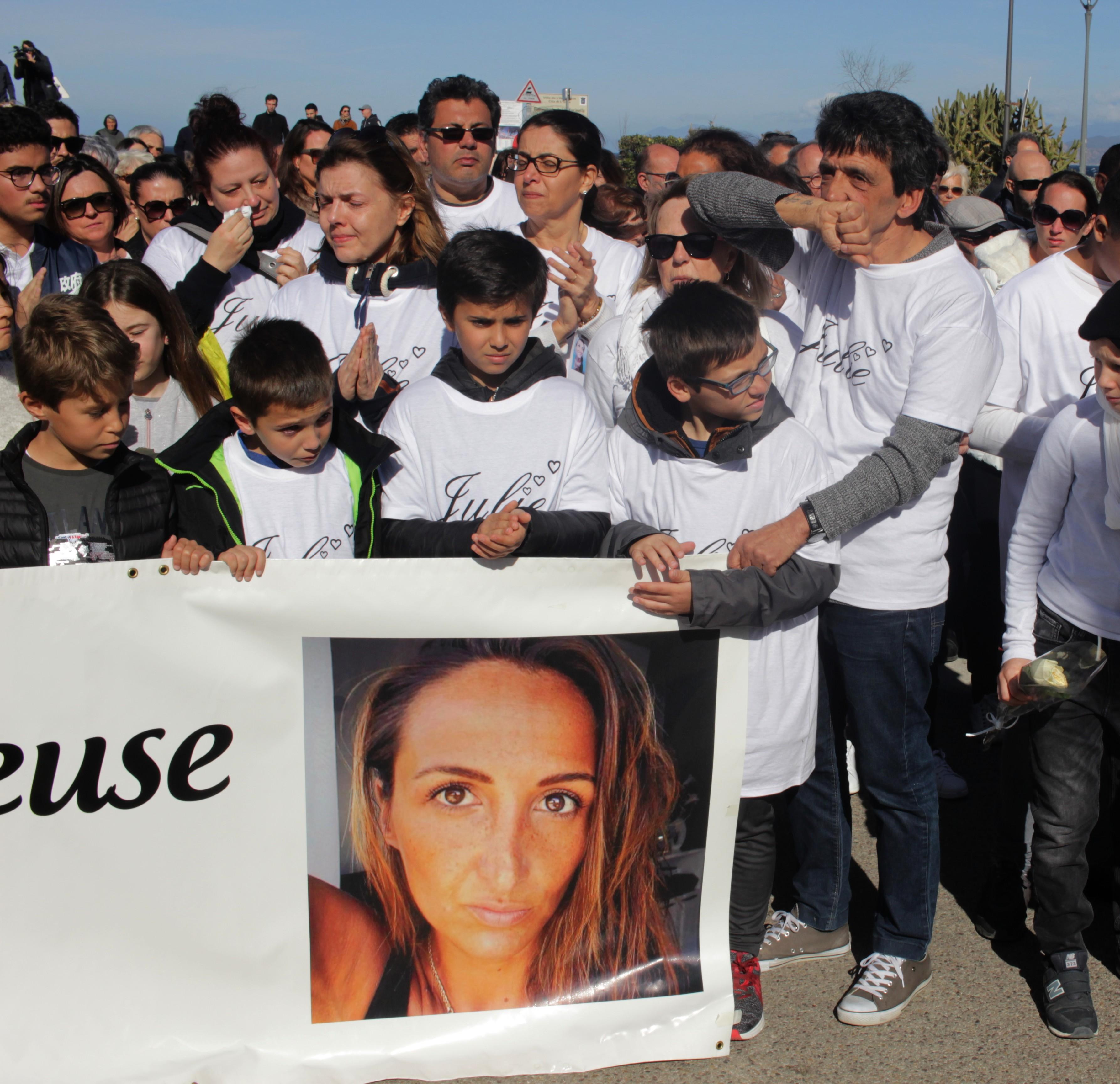 Julien Douib lors de la marche silencieuse de l'Ile-Rousse