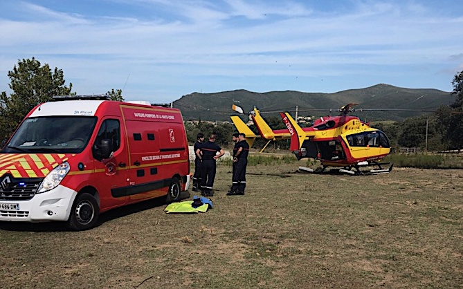 Ambulance et hélicoptère sur place