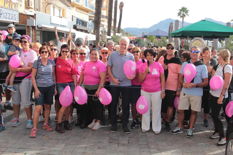 """Plus de 200 personnes mobilisées à Calvi """"contre le cancer du sein"""""""