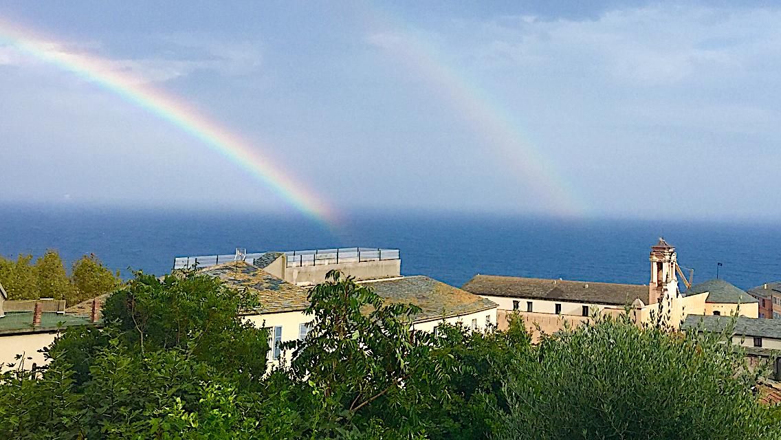 Bastia : double arc-en-ciel sur la ville