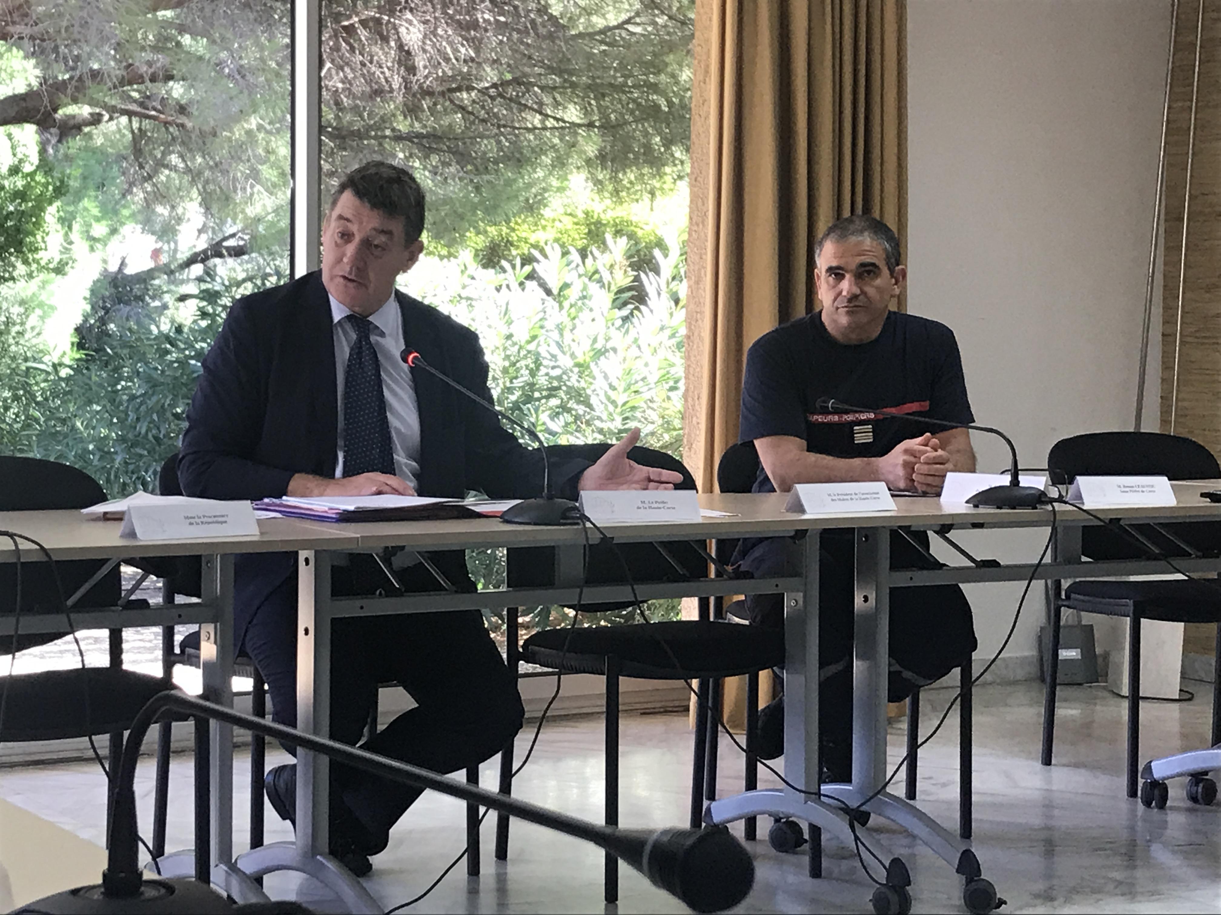 François Ravier, préfet de Haute-Corse et le lieutenant colonel du SDIS 2B, Octavien Meschini.