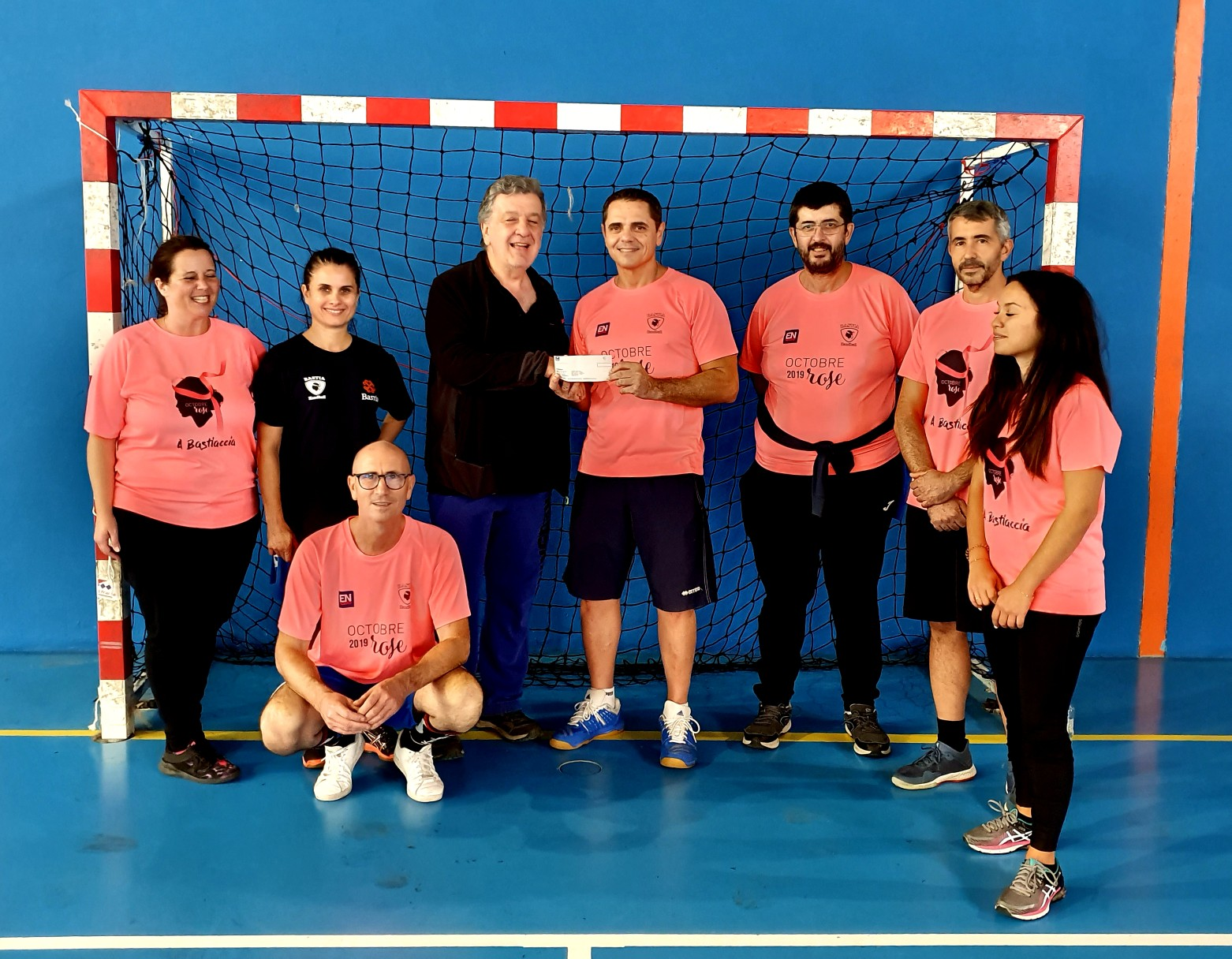 Bastia: Succès pour le tournoi de hand d'Octobre Rose