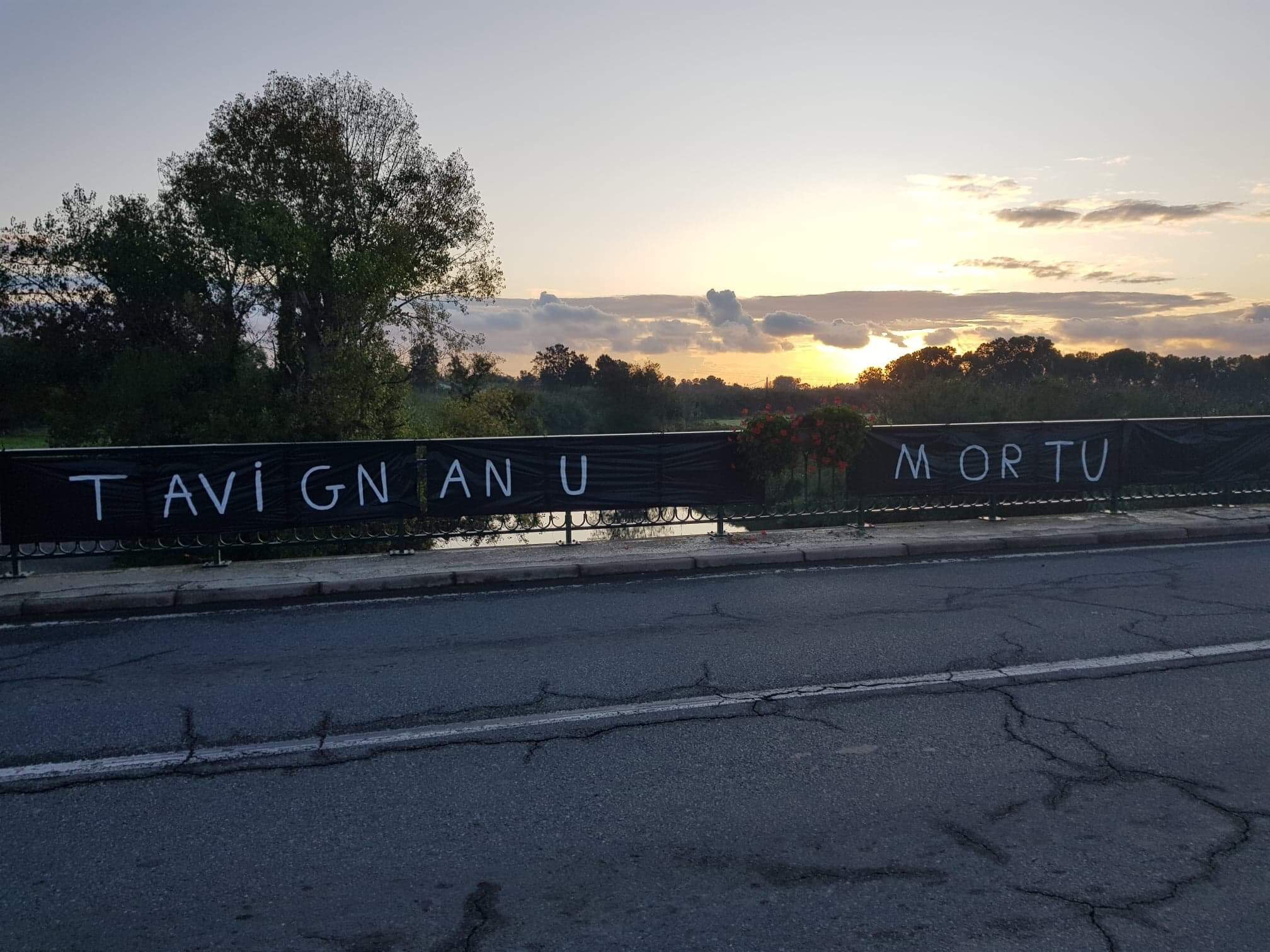 """""""Vous avez nos vies entre vos mains"""" : l'action symbolique du collectif Tavignanu Vivu pour réveiller les consciences"""