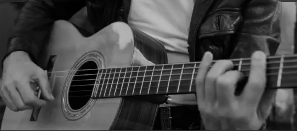 In the city, le nouveau single de Phil de Saint Florent pour les victimes du Bataclan
