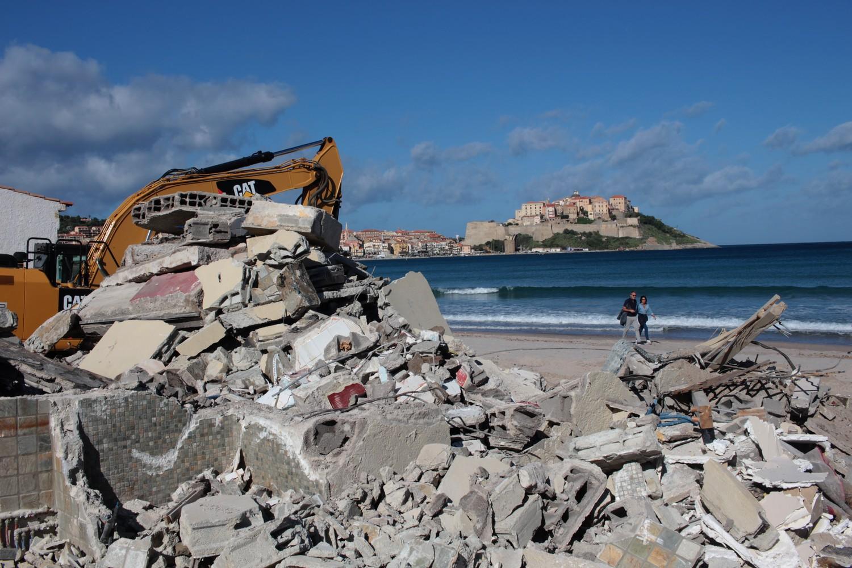 Un nouvel établissement de plage démoli à Calvi