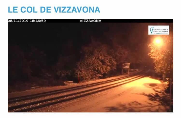 La neige a fait son apparition au Col de Vizzavona
