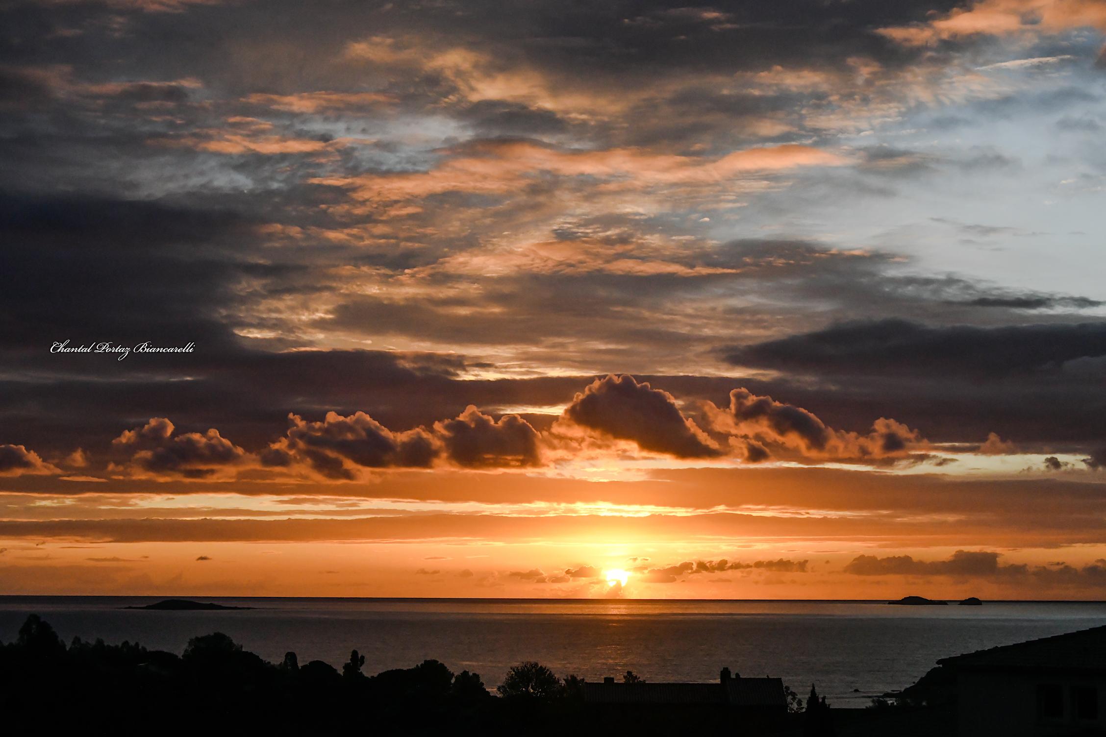 La photo du jour : joli ciel sur les Cerbicali
