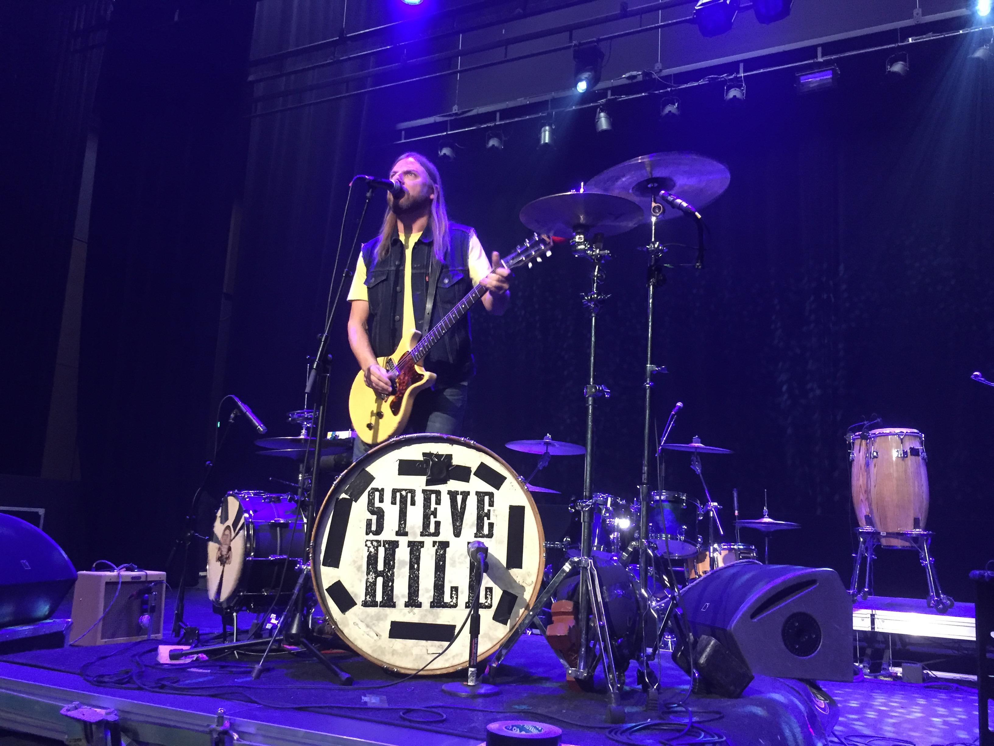 Steve Hill, un étonnant homme-orchestre québécois
