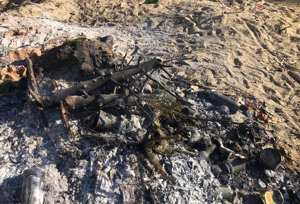Saint-Florent : les arbres de Noël brûlés