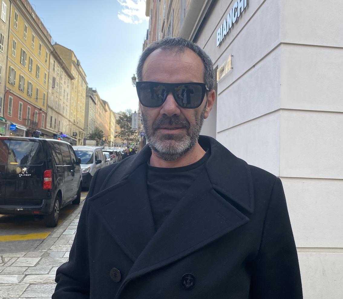 Jean-Marc, 49 ans, conseiller territoriale, résident du centre ville.