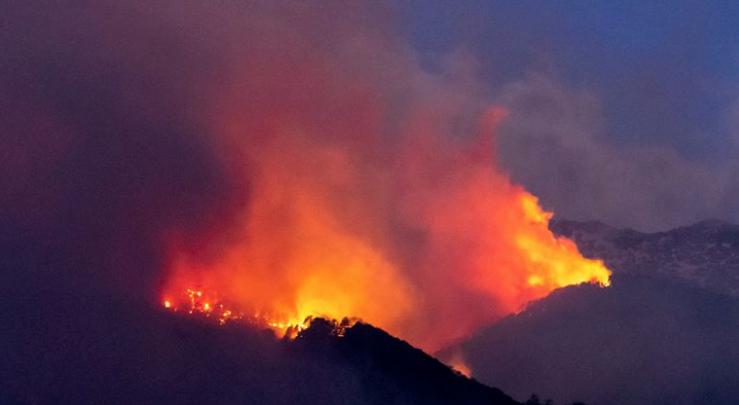 Incendie de Bavella : les autorités ont ordonné le confinement des habitants de Sari