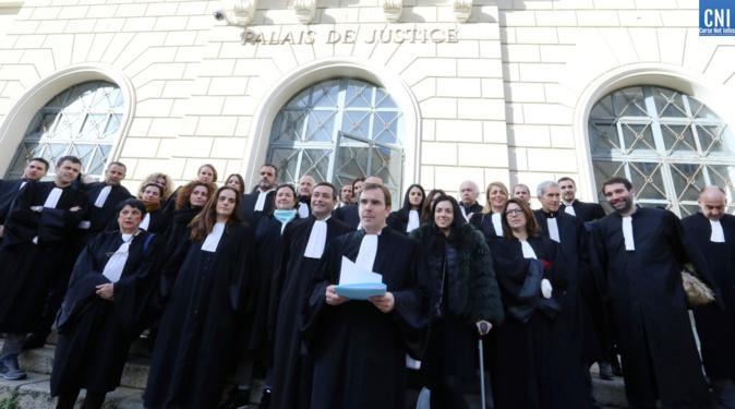 """Une réforme """"Injuste, mortifère et destructrice"""" : les avocats ajacciens appellent les élus et les parlementaires à la rescousse"""