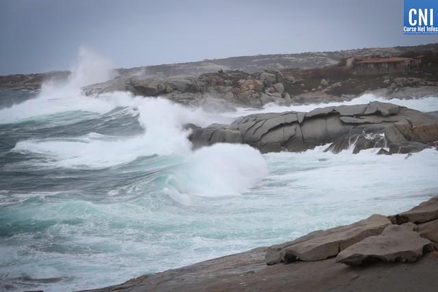 Bastia : Des rafales de vent à plus de 160 km/h