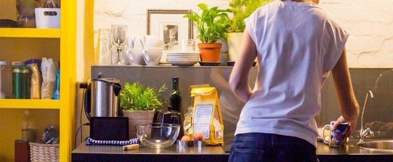 Covid-19 salariés à domicile et particuliers employeurs : un dispositif spécial