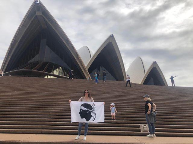 """Covid-19 - Maguy et Camille bloquées en Australie : """"en l'espace de 24 heures notre voyage est devenu un enfer"""""""