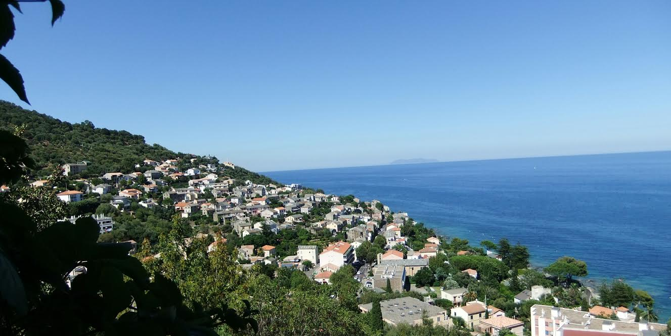 La photo du jour : Petranera, un balcon sur la Tyrrhénienne