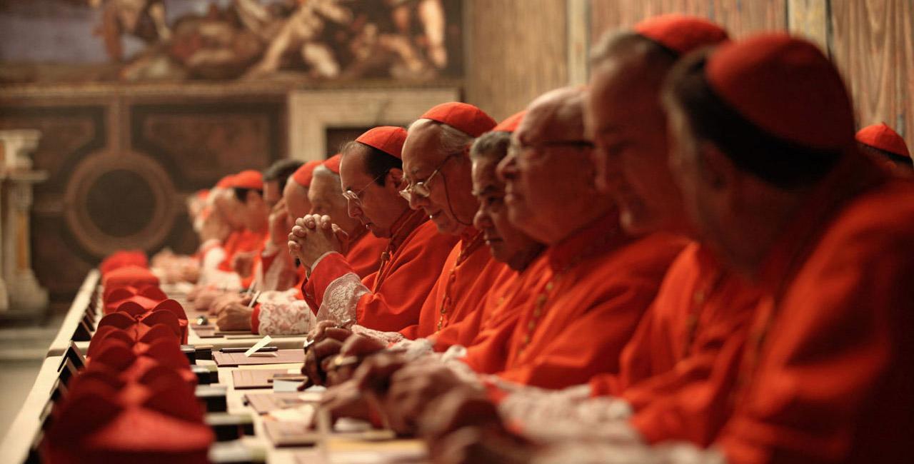 Les cardinaux à l'heure du choix dans Habemus Papam © Le Pacte