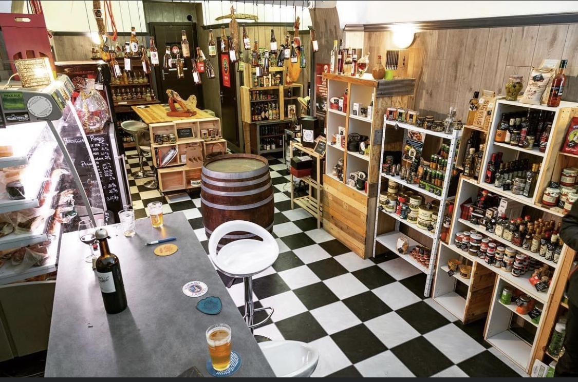A Bastia l'épicerie Giru propose de nouveaux services pour sauver son commerce
