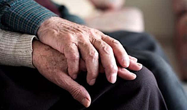 L'hécatombe du Covid-19 parmi les personnes âgées : colère et indignation des fédérations de retraités
