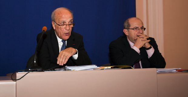 Une image d'archives CNI de Dominique Bucchini, alors qu'il était président de l'Assemblée de Corse, et Pierre Chaubon, qui lui présidait la Commission des compétences législatives et règlementaires.