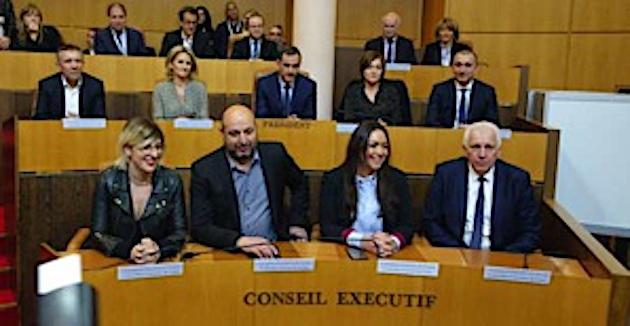 Transports aériens : le Conseil exécutif de Corse demande une réunion d'urgence avec les ministres concernés