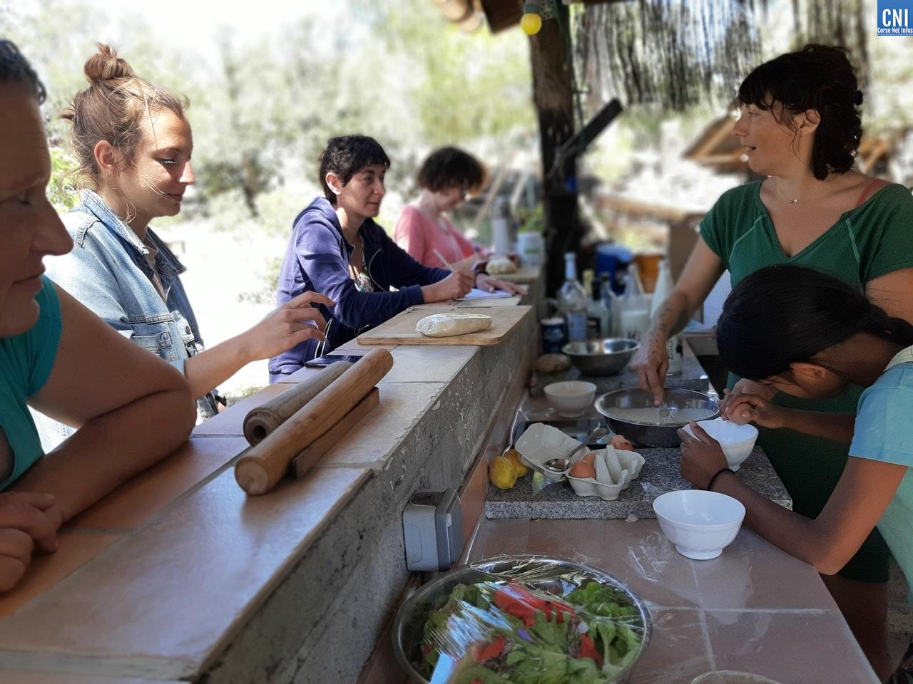 Atelier Emmalab': Bastelles au brocciu et herbes sauvages avec le chef Cléo