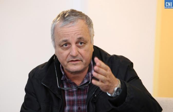 François Alfonsi, député européen, auteur du Rapport sur les langues menacées de disparition et la diversité linguistique au sein de l'Union Européenne