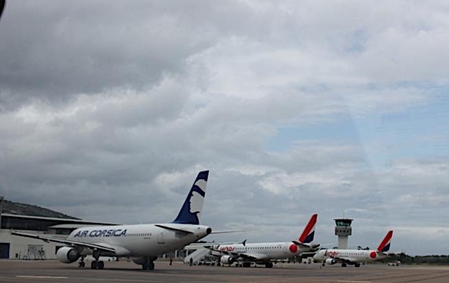 """Contrôle des flux transfrontaliers à l'aéroport de Calvi : """"les horaires  peuvent toujours être décalés"""" précise le préfet de Haute-Corse"""