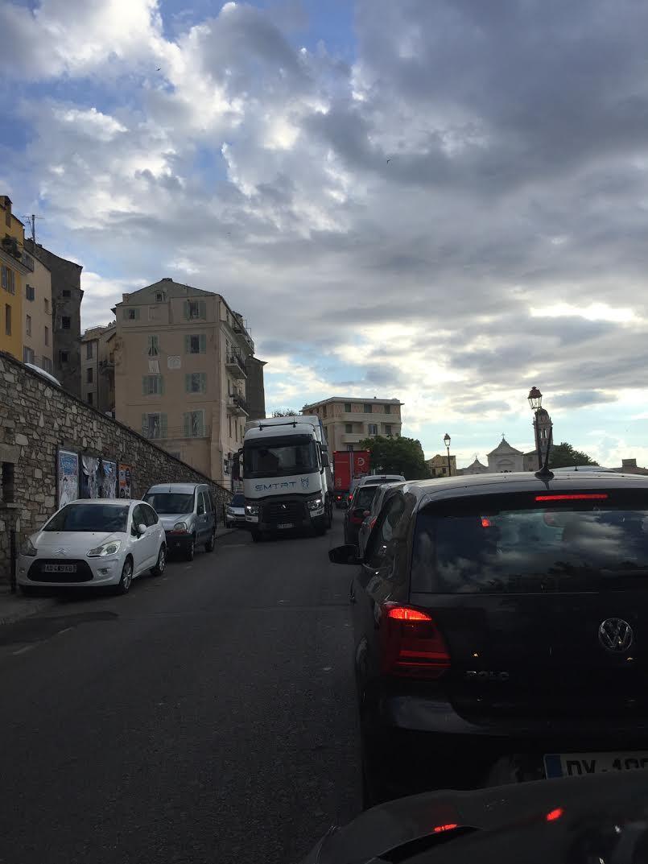 Bastia : tunnel fermé, ville bloquée