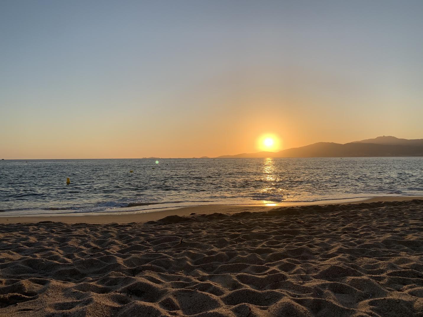 La photo du jour : coucher de soleil à Agosta-plage