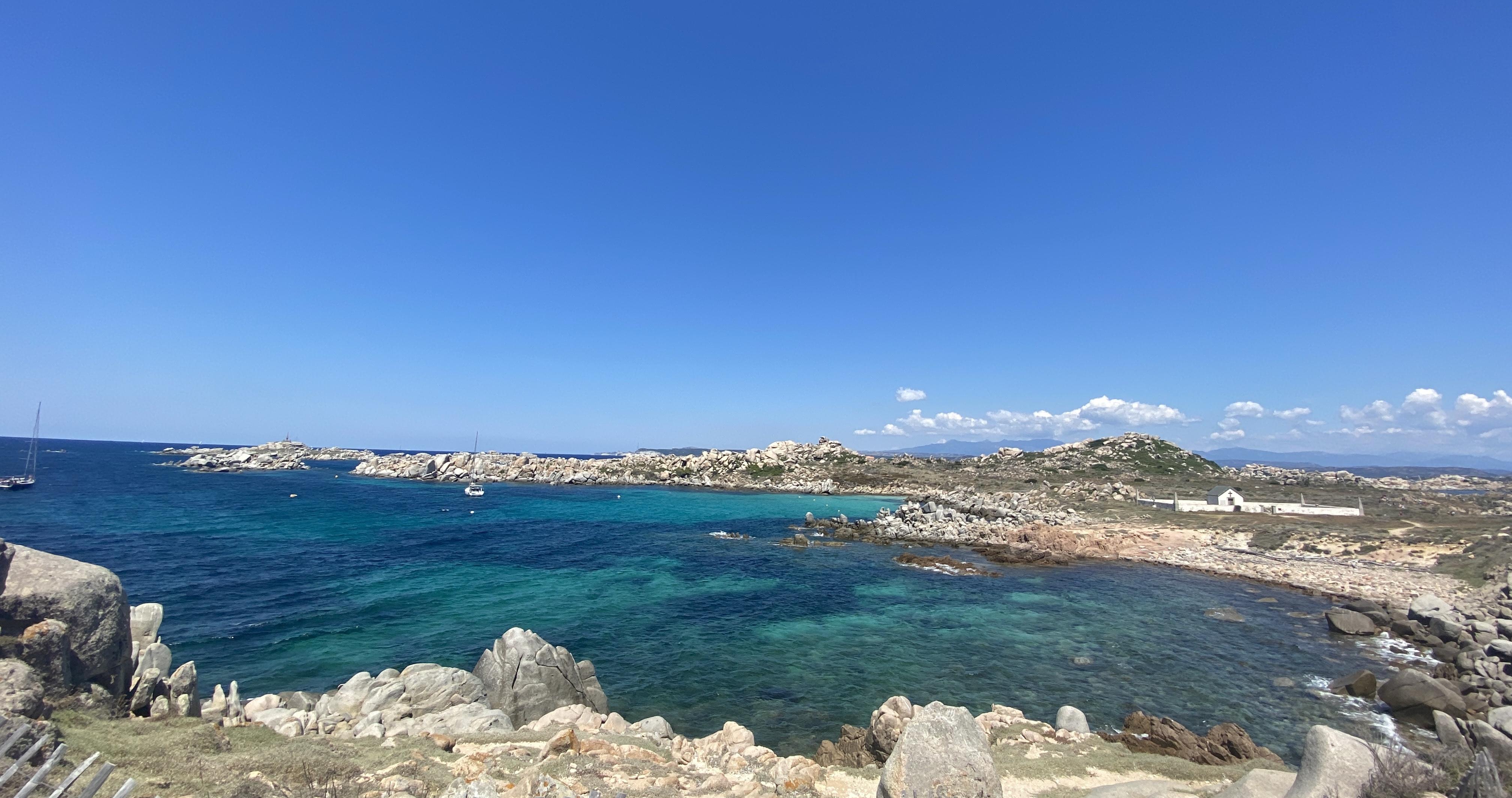 Les îles Lavezzi, joyau difficilement sauvegardé de la Corse