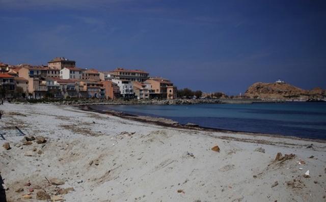 """Pollution : fermeture provisoire de la plage """"Napoléon """" à l'Ile-Rousse"""