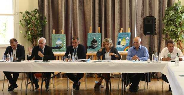 Le président du Conseil exécutif, Gilles Simeoni, et les présidents des agences et offices de la Collectivité de Corse.