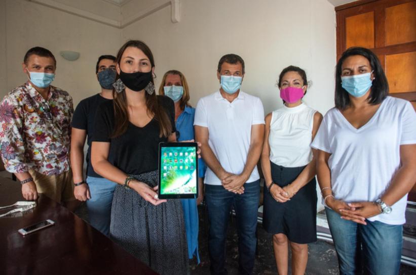 La Ville d'Ajaccio distribue des tablettes pour lutter contre le décrochage scolaire