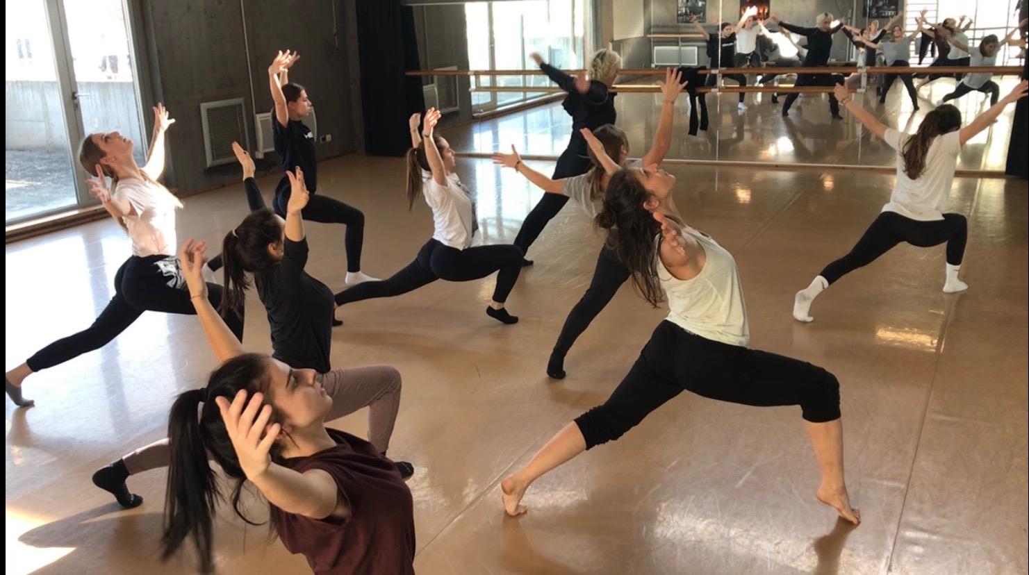 L'Université de Corse diplôme ses premiers professeurs de danse contemporaine