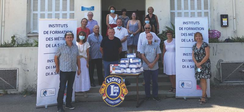 Le Lions Club International fait don de 1200 masques à 'IFSI du centre hospitalier de Bastia