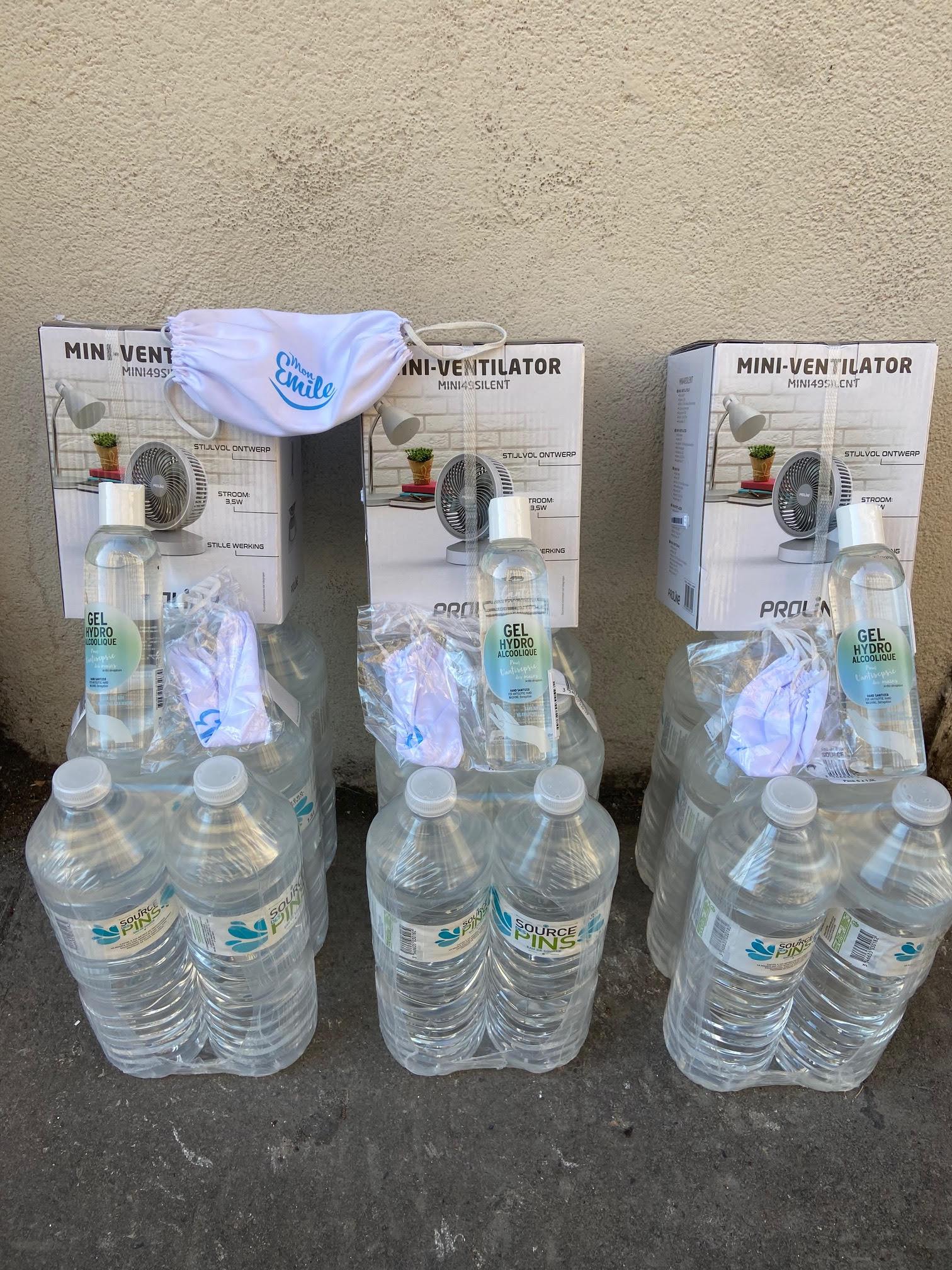 Distribution de ventilateurs, d'eau et de masques aux seniors Calvi et L'Ile-Rousse