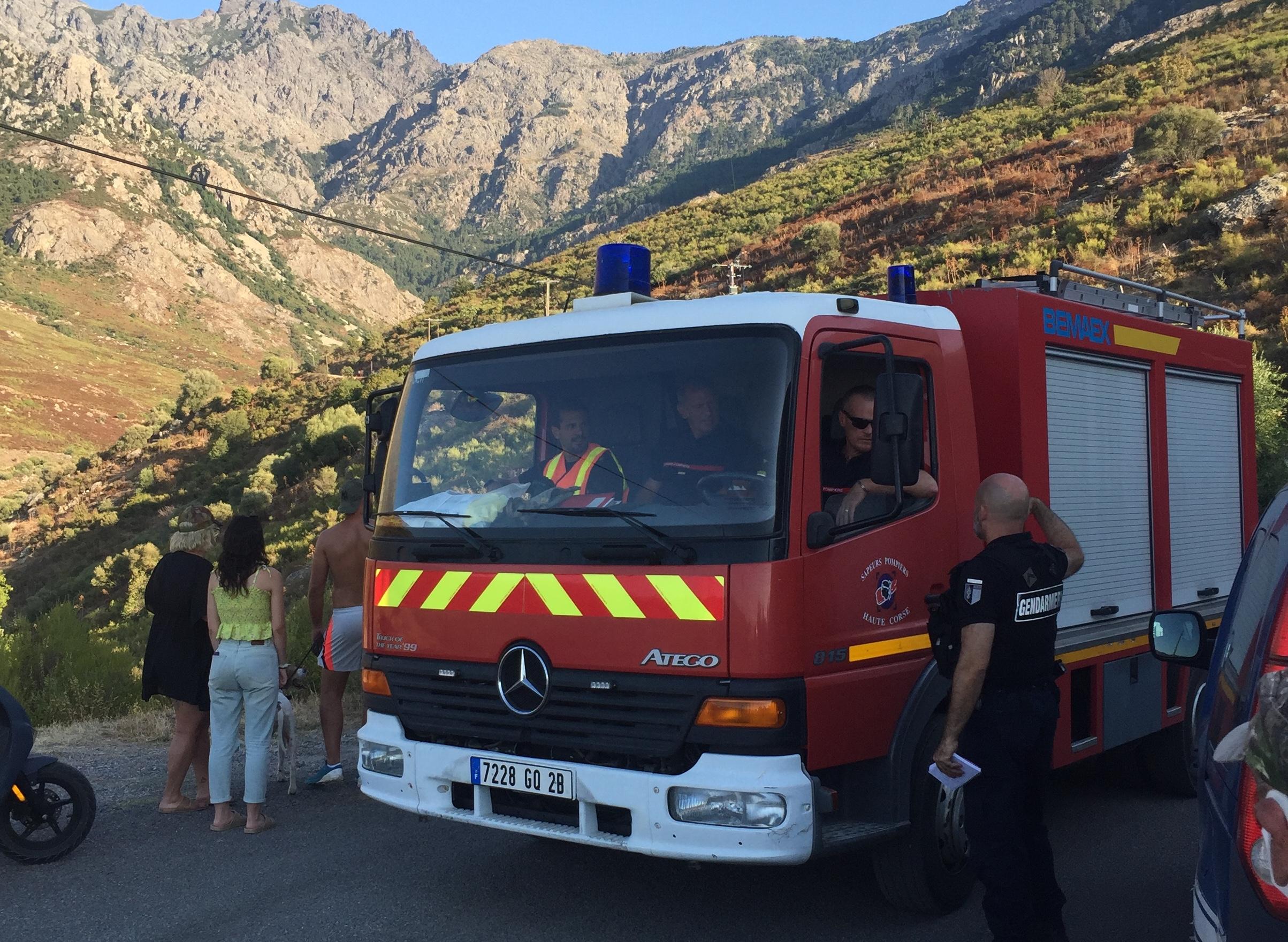Calenzana : une voiture dans le ravin de la route de la Flatta. 5 jeunes… blessés