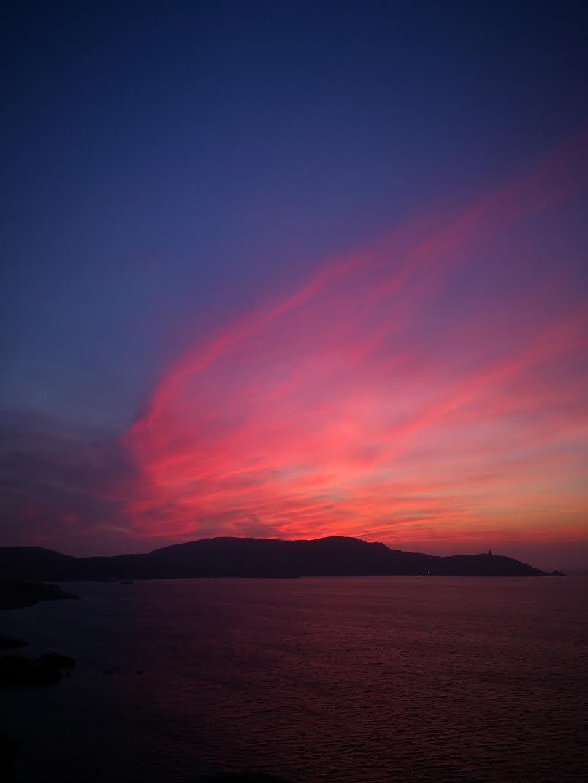 De la Croix des Balkans, à la sortie sud de Calvi, coucher de soleil sur la presqu'île de la Revellata (Gilbert Guizol)