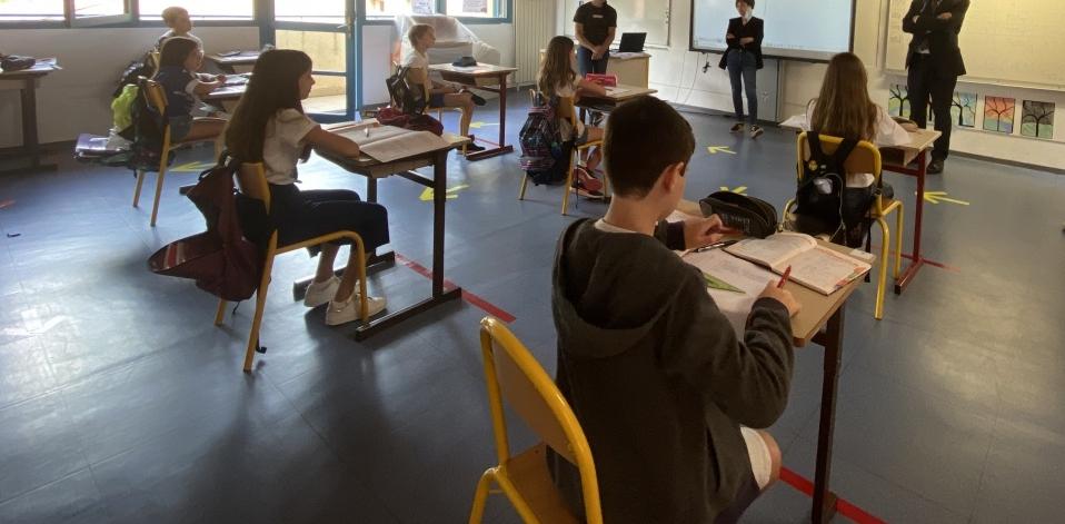 """Rentrée scolaire 2020 et Covid : les parents d'élèves Corses et les syndicats enseignants inquiets du """"manque de visibilité"""""""