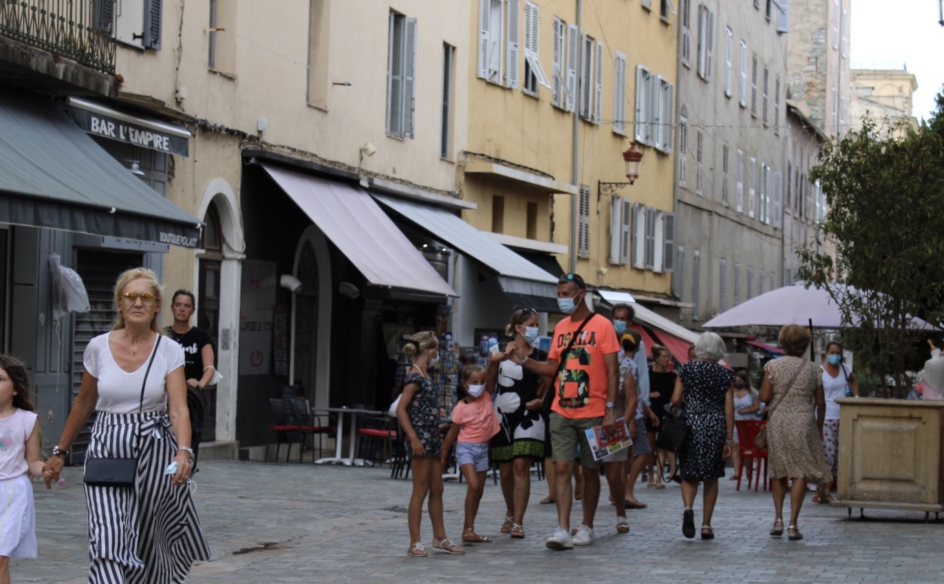 Port du masque dans les rues : les Bastiais bons élèves