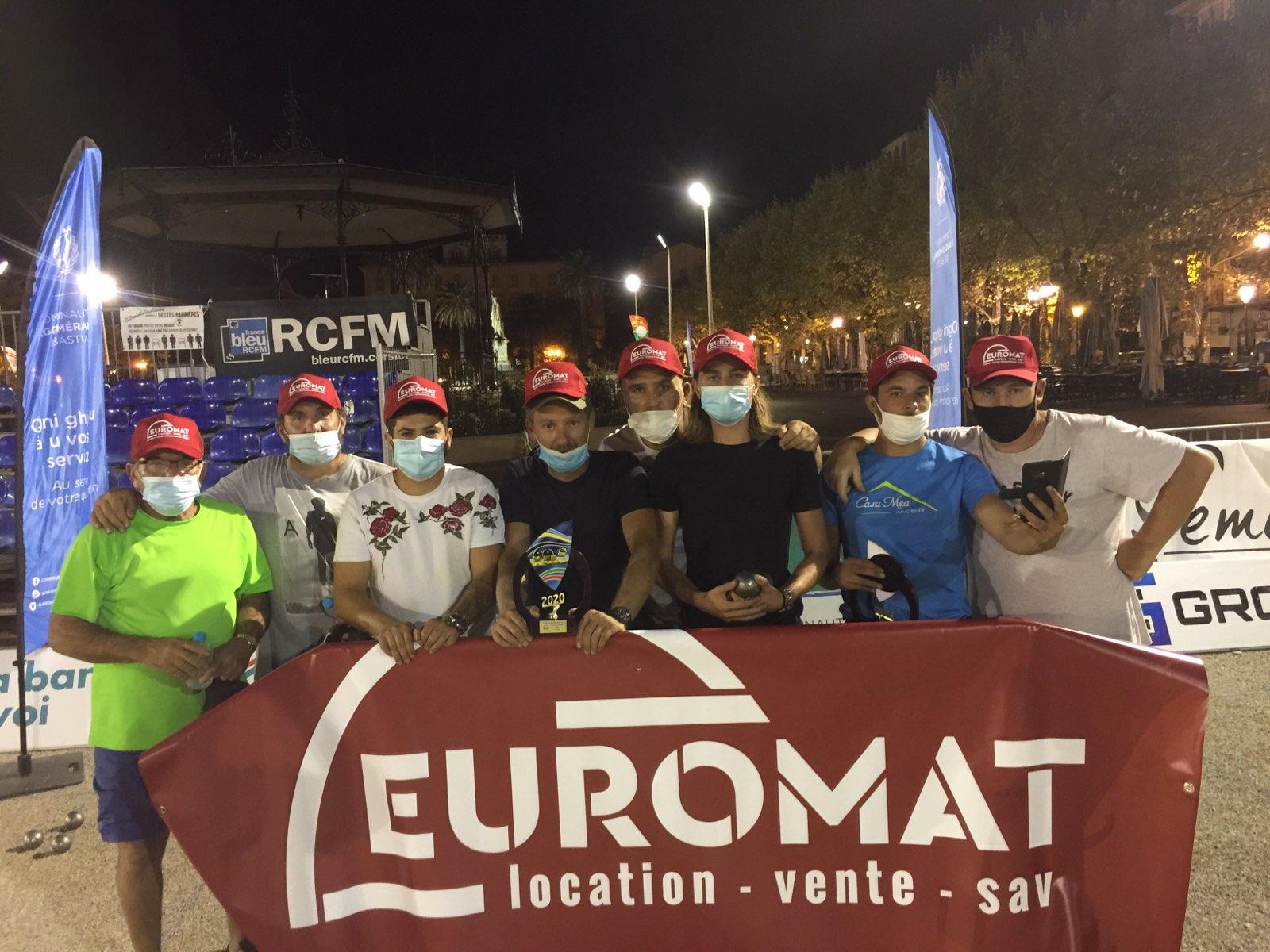 Les 4 doublettes qui se sont partagées la victoire du Trophée Euromat.