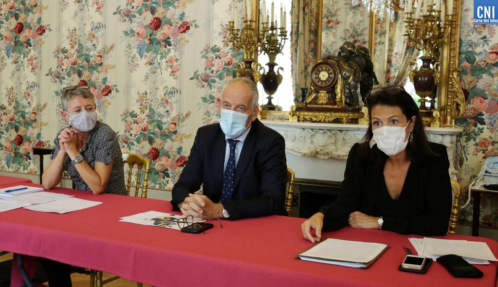 COVID-19 : le port du masque désormais obligatoire autour des établissements scolaires de Corse