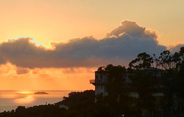 Lever du soleil à Sisco, photo Marie-Paule Maurel