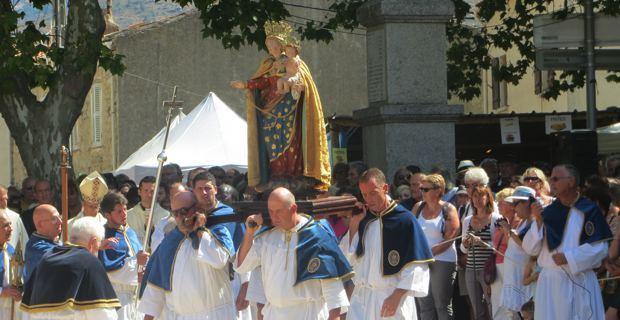 A Santa di u Niolu rassemble chaque année des milliers de croyants.